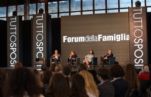 Forum delal Famiglia - da sx De Magistris, A.Bernardini de Pace avv. Laura Sgrò, avv. Francesco Caia (1)