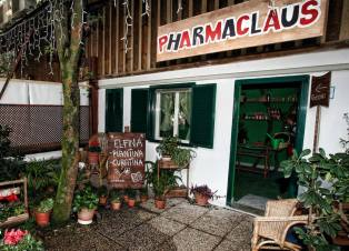 Pharmaclaus